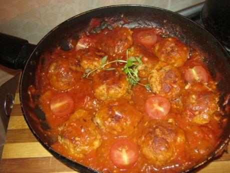 Przepis  pulpeciki duszone w pomidorach przepis