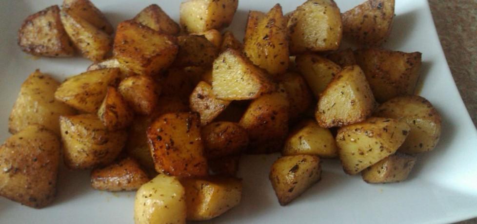 Ziemniaki z rozmarynem z woka (autor: konczi)