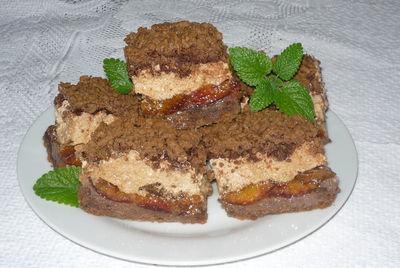 Ciasto śliwkowe z cynamonową pianką