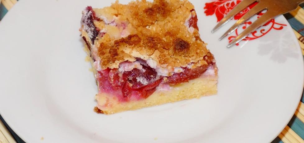 Ciasto ze śliwkami i pianką (autor: paulina2157)
