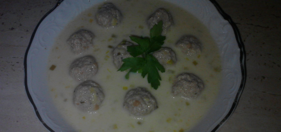Zupa krem serowo cebulowa z klopsikami (autor: ewa92 ...