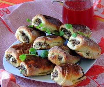 Paszteciki tradycyjne z pieczarkami