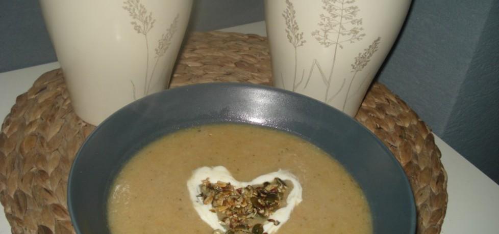 Zupa krem z selera naciowego i białej kapusty (autor: norweska20 ...