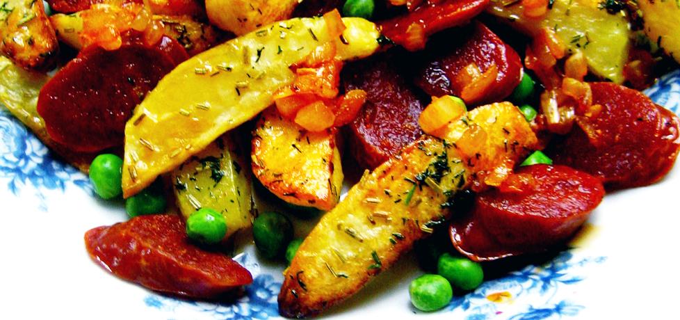 Sałatka z pieczonymi ziemniakami i chorizo (autor: brioszka ...