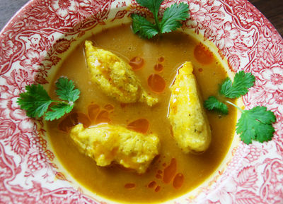 Orientalna zupa dyniowa z kluseczkami z polenty