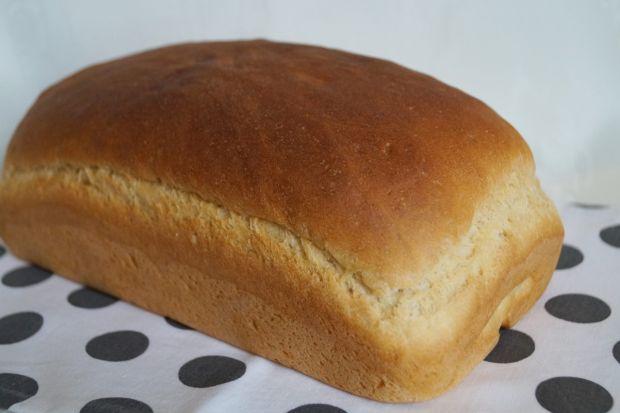 Przepis  puszysty chleb jogurtowy przepis