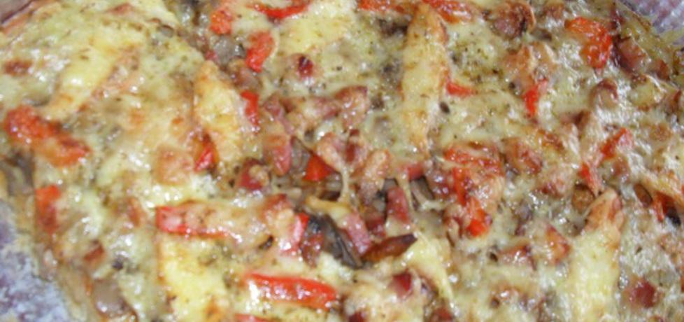Pizza z papryką i pomidorami (autor: magdalena1110 ...