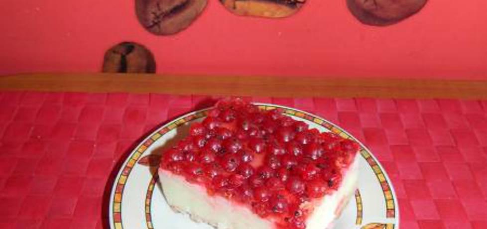 Ciasto bez pieczenia z czerwonymi porzeczkami w galaretce na ...