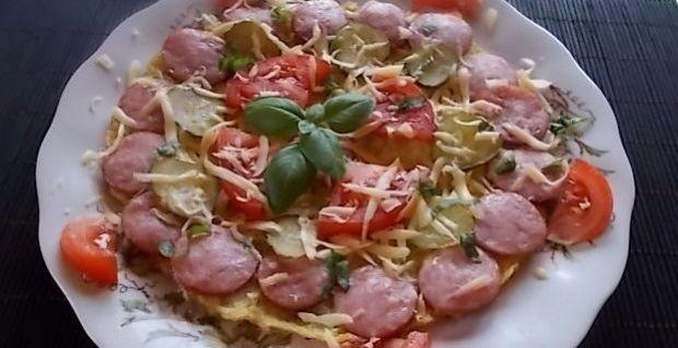 Przepis  makaronowa pizza z patelni przepis