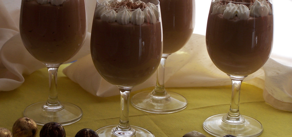 Coś słodkiego dla każdego, czyli czekoladowy mus z wiśniową nutką