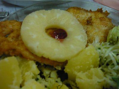 Filet z kurczaka z ananasem i żurawiną
