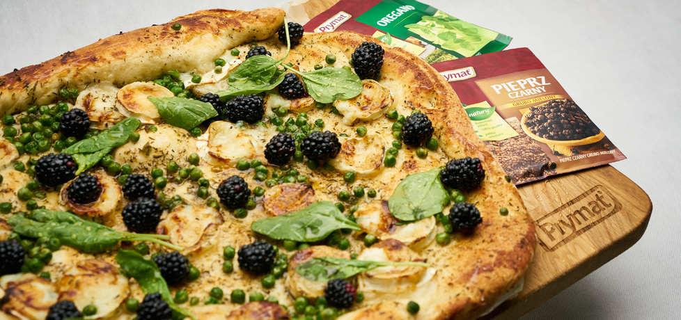 Doradca smaku v: podpłomyk drożdżowy z jeżynami i kozim serem ...