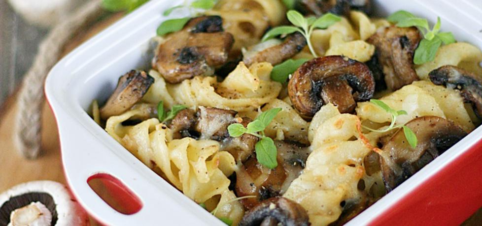 Zapiekany makaron z pieczarkami (autor: kuchnia