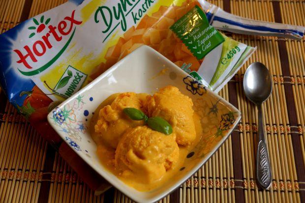 Desery lodowe: dietetyczne dyniowe lody jogurtowe