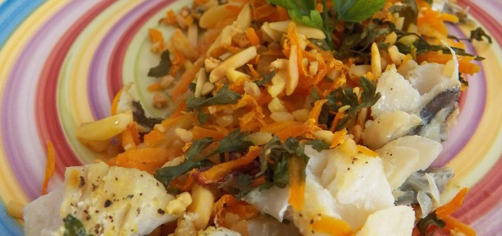 Ryba pieczona z warzywami i migdałami (autor: koper ...