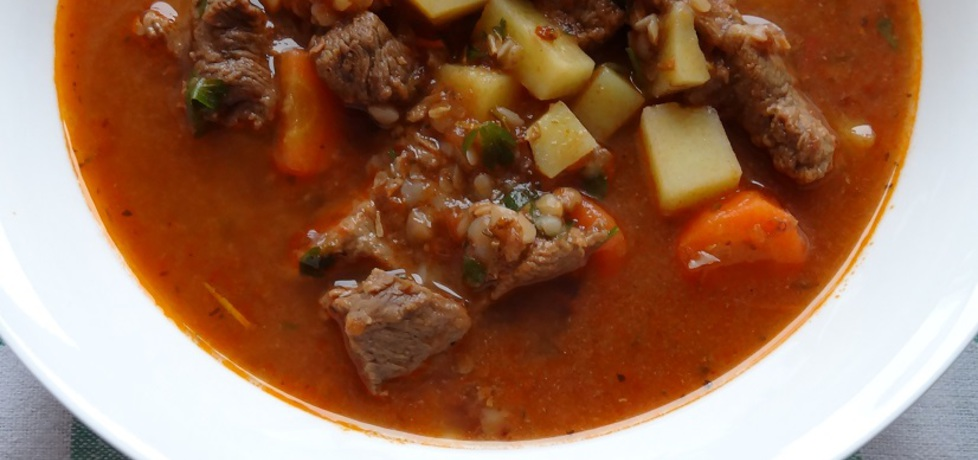Zupa gulaszowa z kaszą gryczaną (autor: cukiereczek ...