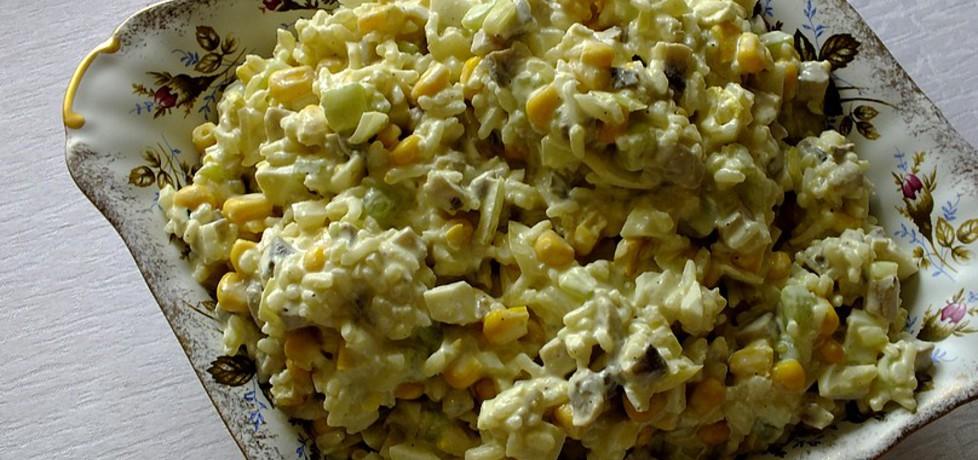 Pieczarkowa sałatka z ryżem i ogórkami (autor: mysiunia ...
