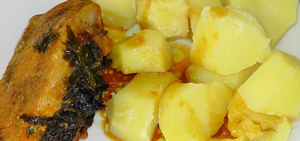 Kieszonki schabowe ze szpinakiem, szynką i serem pieczone w ...
