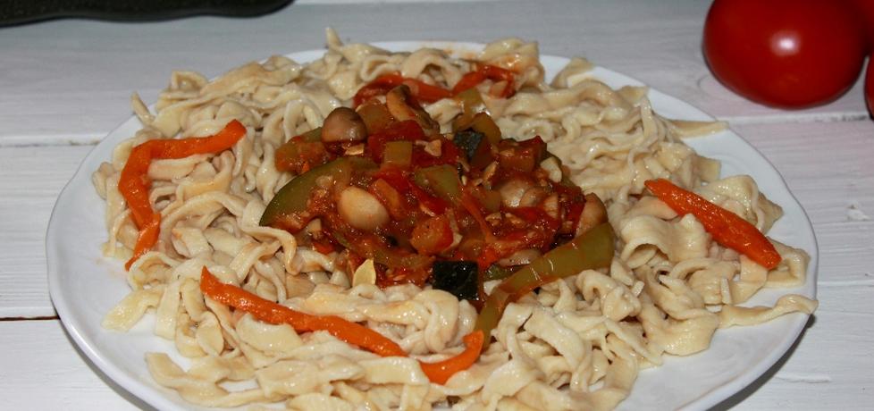 Leczo warzwne z makaronem (autor: smakolykijoanny ...