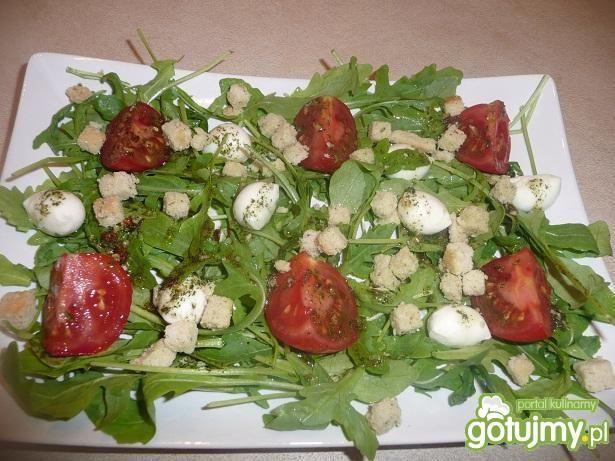 Przepis  sałatka z rukoli i mozzarelli przepis