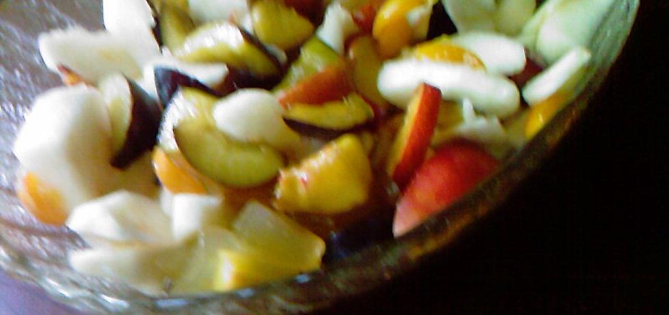 Sałatka owocowa z jabłek i śliwek (autor: grazyna13 ...