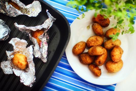 Grillowane ziemniaki cebulowe
