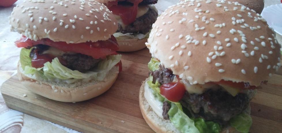 Domowe burgery (autor: marysiab)