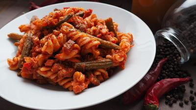 Makaron chili z fasolką szparagową