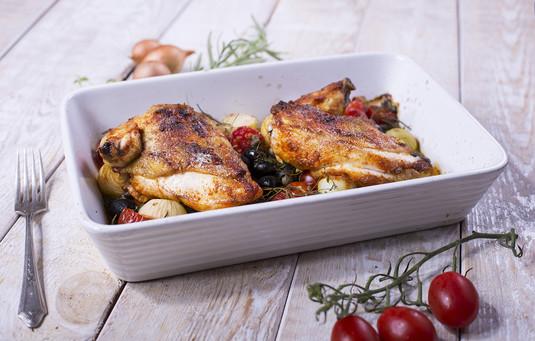 Soczyste piersi z kurczaka z cytrynową nutą pieczoną z pomidorami ...