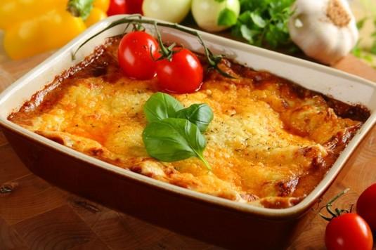 Lasagne z sosem bolognese  video
