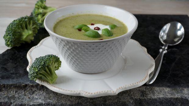 Przepis  kremowa zupa z brokułów przepis