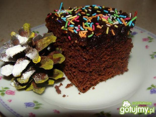 Przepis  ciasto czekoladowe z kolorową posypką przepis