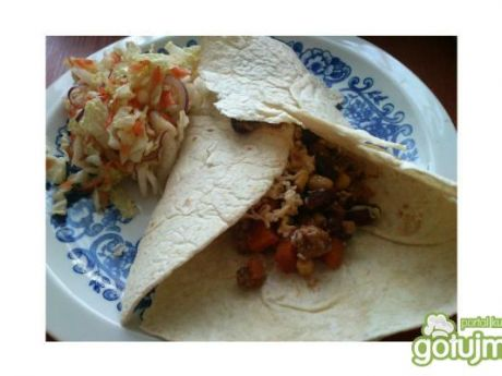 Przepis  tortilla z mięsem mielonym i warzywami przepis