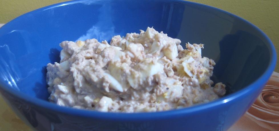 Pasta z tuńczyka z jajkiem i serem żółtym (autor: monika63 ...