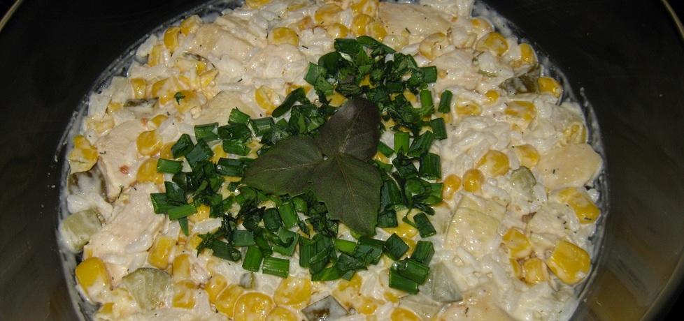Sałatka z ryżem i kurczakiem w przyprawie tzatziki (autor ...