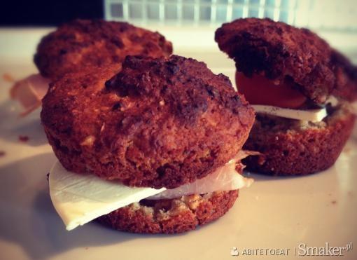 Muffiny drożdżowe z płatków owsianych i otrębów