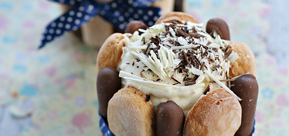 Czekoladowe mini torciki charlotte (autor: kuchnia
