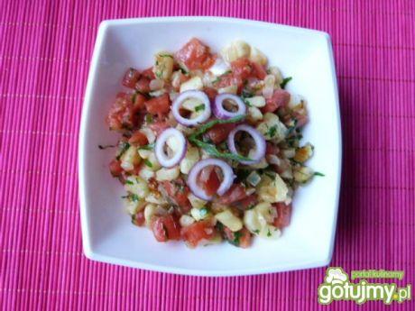 Przepis  kolorowa sałatka z cukinii i pomidorów przepis