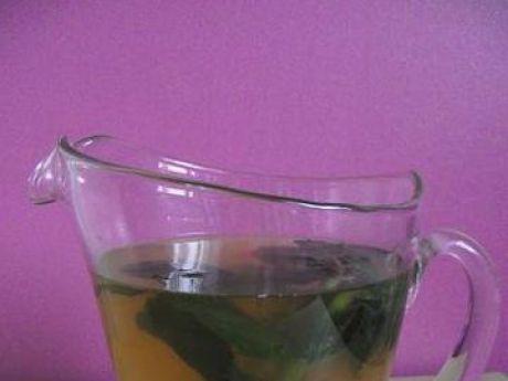 Przepis  orzeźwiający napój ze świeżej mięty przepis