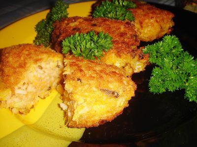 Kotleciki ryżowe z grzybami i marchewką