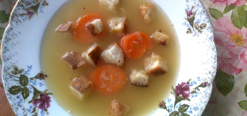 Zupa grochowa z grzankami (autor: katarzyna59)