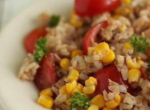 Włoska sałatka ryżowa z tuńczykiem  przepis blogera