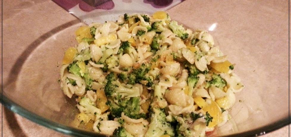 Dietetyczna wersja sałatki z brokułami i makaronem (autor: kasia.s ...