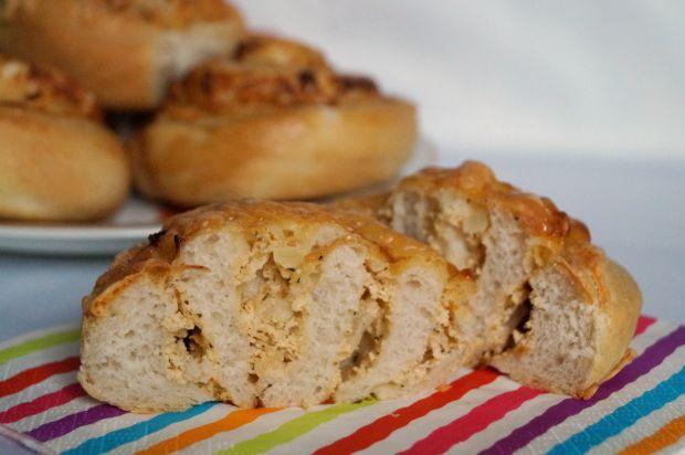 Przepis  drożdżowe ślimaki serowe przepis