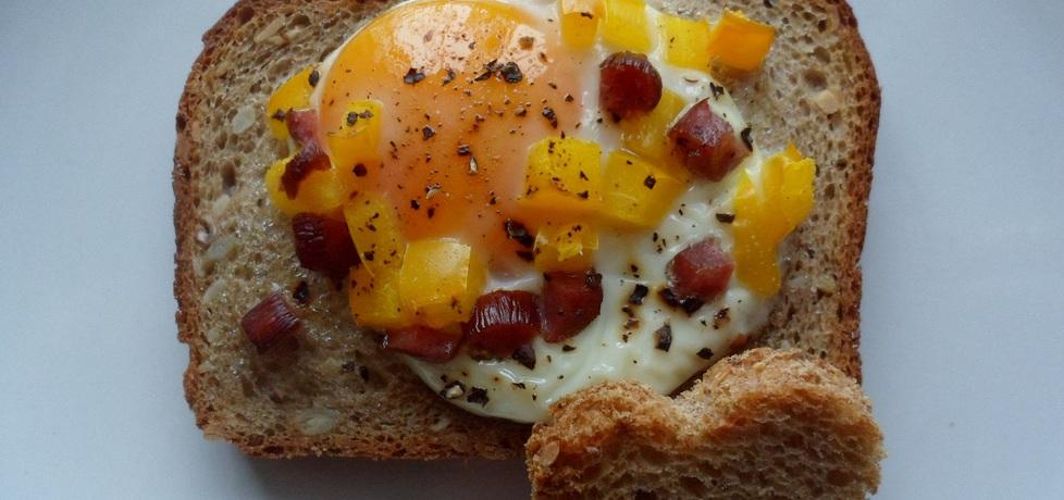 Jajko w kromce (autor: gosiasz)