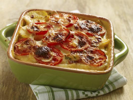 Zapiekanka ziemniaczana z cukinią i pomidorami