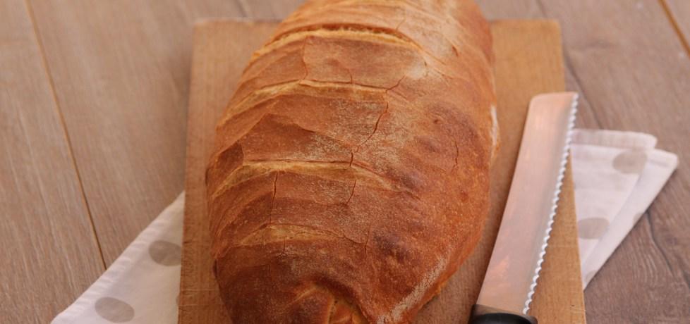 Chleb z semoliny na drożdżach (autor: iwonadd)