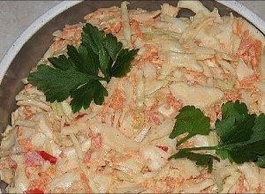 Sałatka coleslaw  prosty przepis i składniki