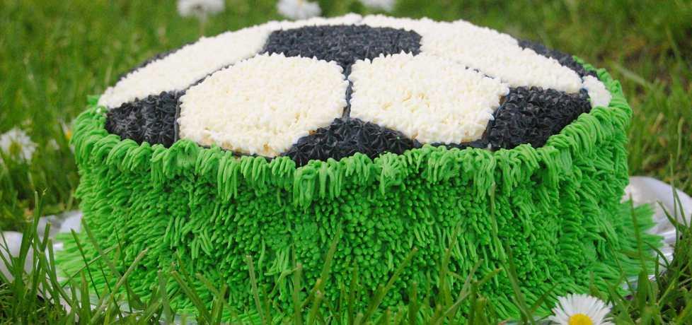 Tort piłka (autor: jadwigajaga85)