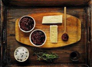 Czerwona cebula z porto i oliwą  prosty przepis i składniki